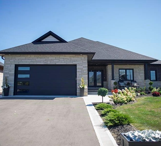42 BLUENOSE Drive, Port Dover, Ontario N0A 1N7 - 1